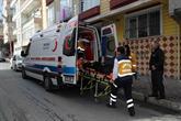 Ambulans Ekibi Taşıdıkları Hastalarla Aile Gibi Oldu