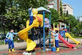 Bağcılar'da Çocuk Oyun Grupları Dezenfekte Edilerek Hijyenik Hale Getirildi