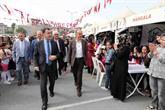 Bağcılar Belediyesi Bilgi Evi öğrencilerinden 10. Yıl kutlaması