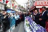 Dünya Kadınlar Günü Çiçeği Başkan Lokman Çağırıcı'dan