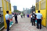 Cuma Namazında Mahmutbey Stadyumu Tıklım Tıklım Doldu