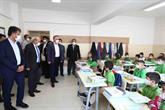 Bağcılar'da okullarda eğitim ders zilinin çalmasıyla başladı